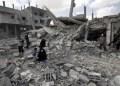 El Ejército israelí intensificó este lunes su ofensiva militar en el sur de la Franja de Gaza, donde al menos 71 palestinos murieron en la ciudad de Rafah  AFP