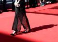 """La actriz británica opinó que """"todo el mundo debería llevar zapatos planos"""""""