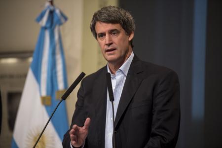 Ministro de Hacienda, Alfonso Prat-Gay en rueda de prensa