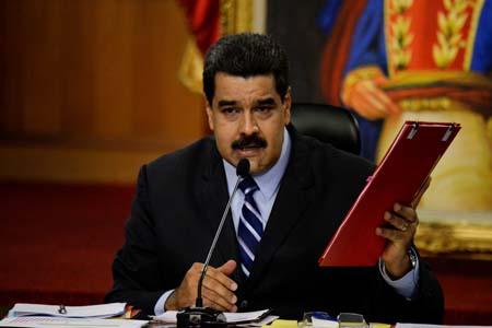 Maduro: No estamos obligados a hacer referéndum en el país