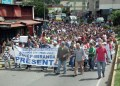 Educadores se mantienen firmes en las calles
