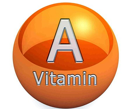 La actividad vitamínica A se expresa en forma de equivalentes de retinol (ER) (se mide en microgramos) incluyendo el retinol y la contribución de los carotenos.