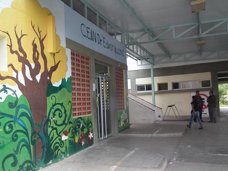 Choros irrumpieron a las instalaciones del recinto estudiantil y cargaron con toda la comida destinada para la alimentación de los escolares