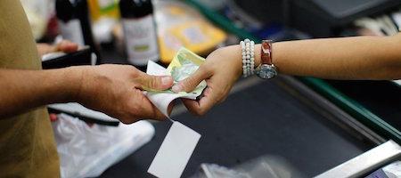 Venezuela registra inflación de casi 1.300.000 % en un año
