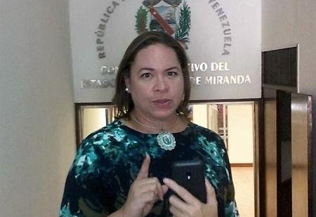 Parlamentaria Milagros Valera, representante de la fracción de Primero Justicia