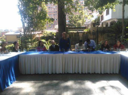 Wisely Álvarez se reunió con medios de comunicación de Los Altos Mirandinos
