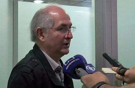 Confirman que el opositor Ledezma partirá hoy a Madrid en un vuelo de Avianca
