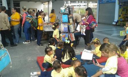 Con intercambio, donación de libros y música en Los Salias celebran Semana del Libro