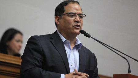 Diputado alertó que Venezuela podría quedarse sin combustible ante embargo se ConocoPhilips