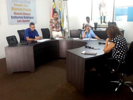 Concejal Manolo Blanco: Anarquía y desidia reinan en servicios públicos en comunidades de Carrizal