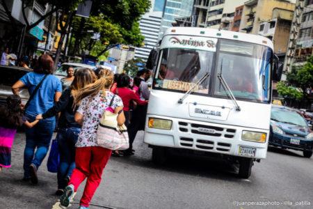 Transporte privado costará 1 Bs S. (100.000 Bs. F).
