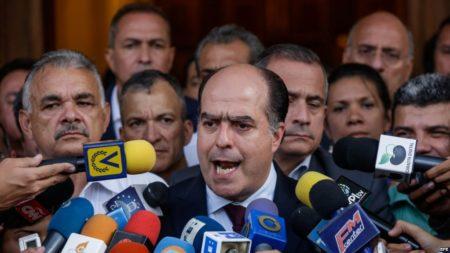 "Borges pide a Latinoamérica actuar junta para derrocar ""dictadura"" de Maduro"