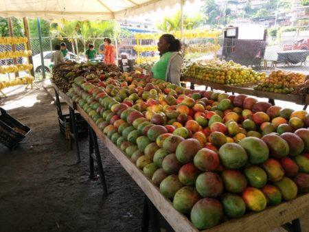 El mercado abrió desde el viernes.