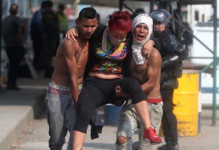 """Costa Rica vio """"con horror"""" disturbios por ayuda humanitaria en Venezuela"""