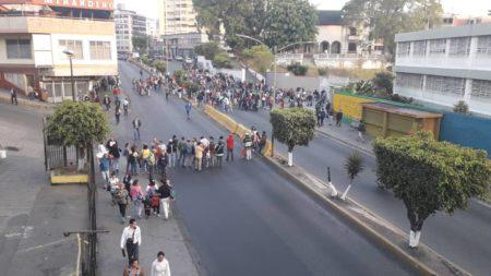 Protestas en el centro de Los Teques