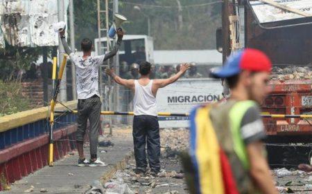 Alemania sugiere más presión sobre Maduro y lamenta el bloqueo de la ayuda