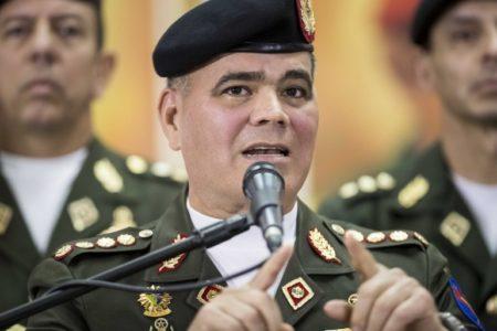 """Ministro venezolano entregará lista de militares para """"facilitar"""" sanciones"""