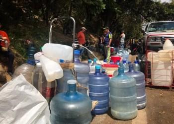 Los habitantes del municipio Baruta siguen a la espera de que llegue el agua