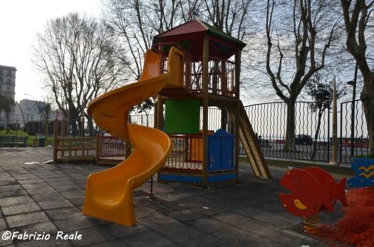 nuova area giochi villa comunale di napoli