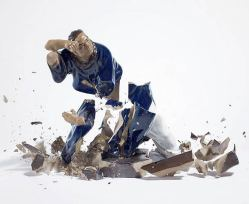 explosive-porcelain-figures-martin-klimas-05