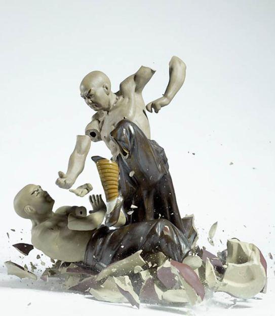 explosive-porcelain-figures-martin-klimas-09