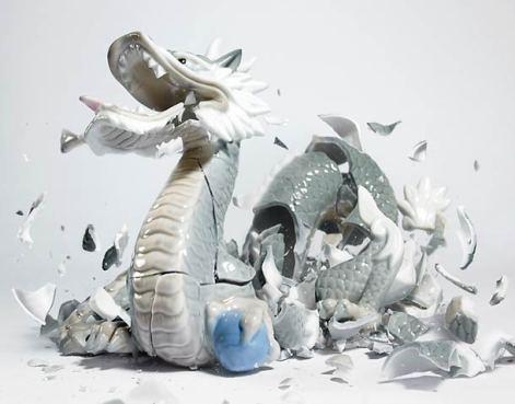 explosive-porcelain-figures-martin-klimas-12