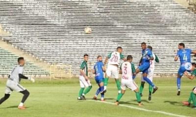 Altos derrota o Fluminense por 2 a 0 no estádio Albertão