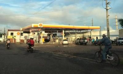 Bandidos explodem sala de posto de combustível em Teresina
