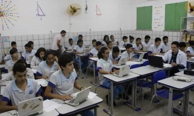 Sindicato dos professores de escolas particulares anuncia suspensão de aulas presenciais