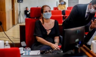 Deputada Lucy Soares é eleita presidente da Comissão da Mulher da Alepi