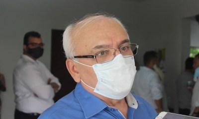 Dr. Pessoa anuncia a saída de Adolfo Nunes da Secretaria de Governo