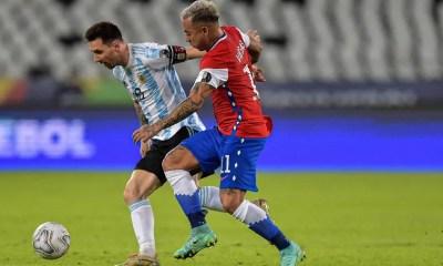 Argentina empata com Chile na Copa América