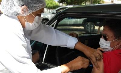 Covid-19: FMS vacina pessoas de 56 a 59 anos na segunda-feira