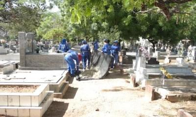 Cemitérios de Teresina recebem limpeza para o Dia dos Pais