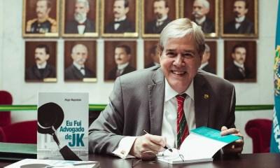 Hugo Napoleão é eleito para Academia Brasiliense de Letras