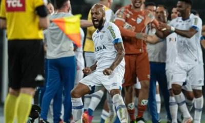 Avaí bate o Botafogo de virada no Nilton Santos