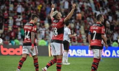 Flamengo derrota o Athletico-PR no Maracanã