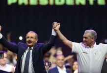 """Danilo Medina tirándole vaina a Leonel: """"Gonzalo Castillo es un hombre bueno y será un honor entregarle la Banda Presidencial"""""""
