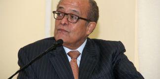 El prestigioso neurólogo doctor José Silié Ruíz