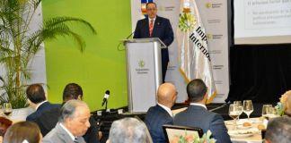 El titular de la Dirección General de Impuestos Internos (DGII), Magín Díaz. Foto fuente externa.