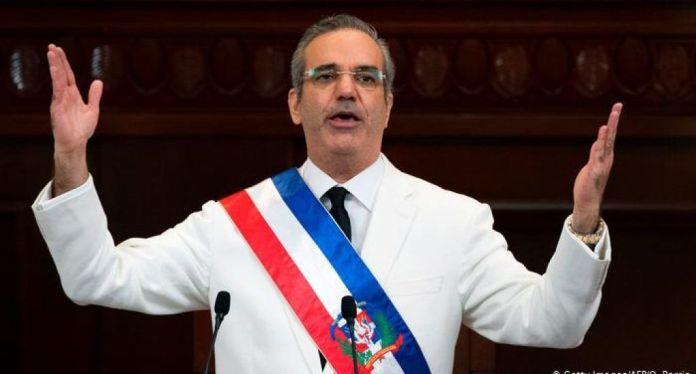 Presidente cancela 20 embajadores, incluso, la madre del ex procurador Jean Alain