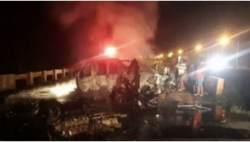 Cuatro muertos y dos quemados en choque en la autopista Duarte