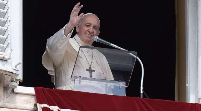 El Papa Francisco en el rezo del Ángelus. Foto: Vatican Media