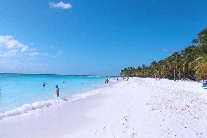 Antilavado ocupa 22 apartamentos lujosos en torre Boca del Mar en Boca Chica. Fuente externa.