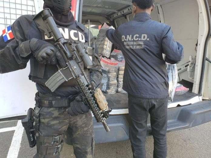 Decomisan 156 paquetes de cocaína en operativo en costas de Barahona