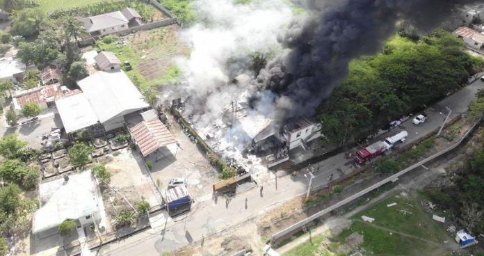 Sistema 9-1-1 informa fue sofocado incendio en fábrica de transformadores
