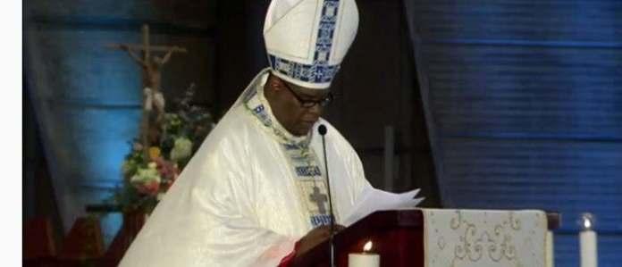 """Obispo llama a apoyar autoridades en lucha contra """"lacra de la corrupción"""". (FUENTE EXTERNA)"""