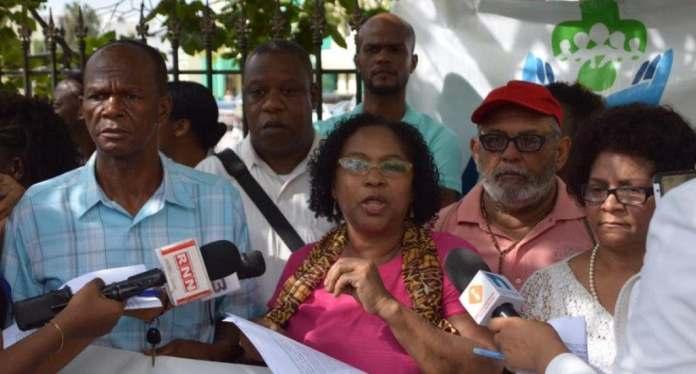 ADESA dice autoridades han dejado de lado otras enfermedades frente a la covid-19