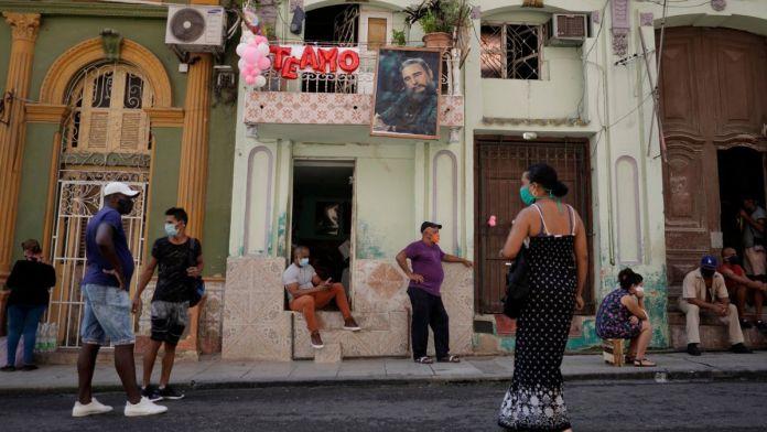 """Cuba inicia la última fase de prueba de la """"Soberana 02"""", la vacuna contra covid más avanzada de LA. Fuente externa."""