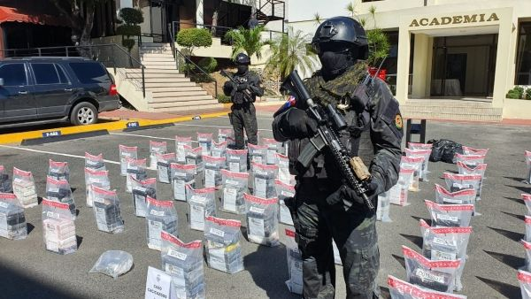 DNCD da otro golpe al narco: ocupan 500 paquetes cocaína en los cacicazgos